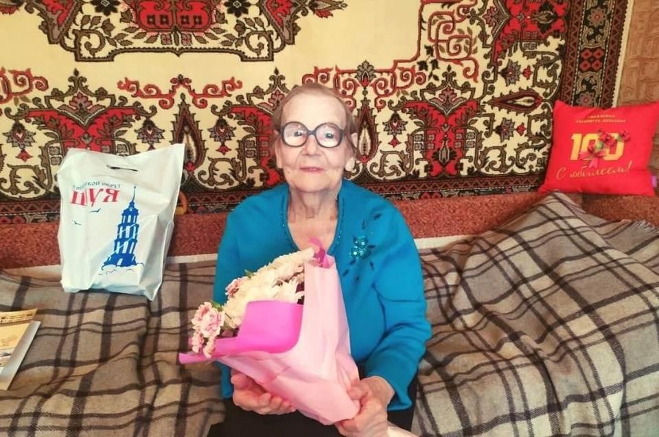 102 года
